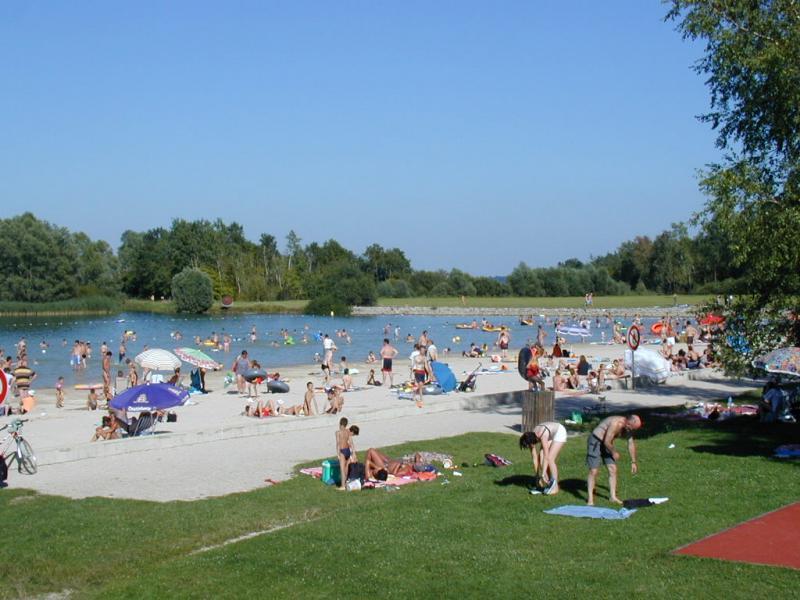 Camping de la for t lac du der locations de chalets et for Camping champagne ardennes avec piscine